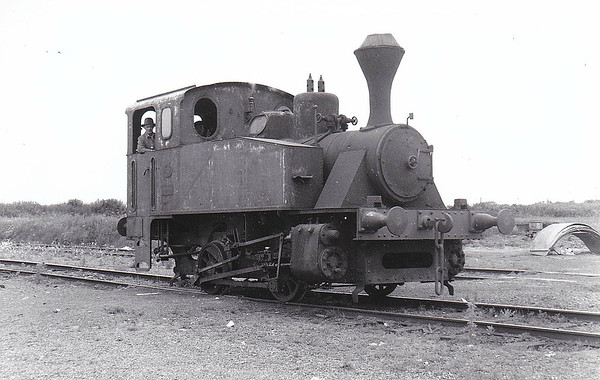 COMLUCHT SUICRE EIREANN - The Irish Sugar Corporation bought 9 of these Orenstein & Koppel 0-4-0T's in 1934/5. The first, 12473, was withdrawn as early as 1945 and the remainder between 1960 and 1974. I am unable to identify this particular loco.