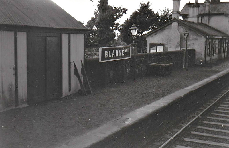 BLARNEY STATION - located on the line from Cork to Mallow, opened in 1850 and completely closed in 1963. A nerw station is currently under construction in the old goods yard with the proposed re-introduction of the Cork - Mallow suburban services.