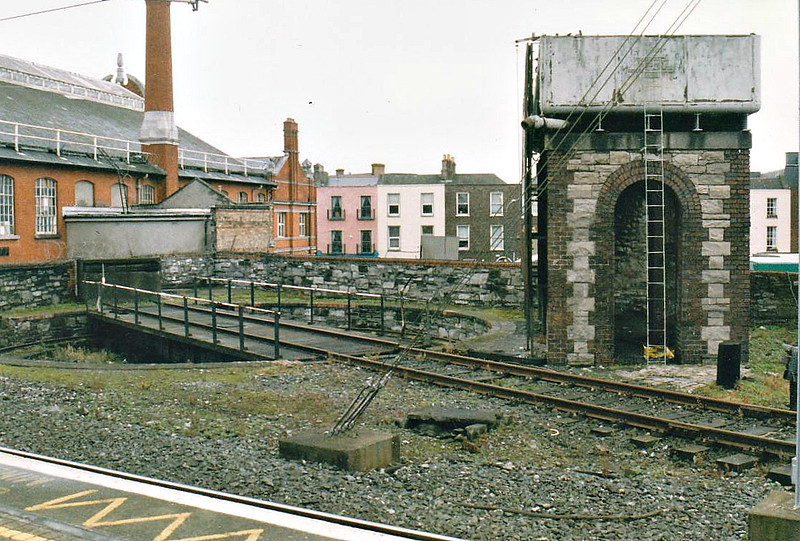 DUBLIN CONNOLLY STATION - The little water tower and turntable, still both in use, in October 2002.