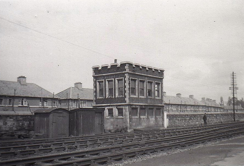 INCHICORE SIGNALBOX - 26 lever signal cabin opposite Inchicore Works, closed in 2002 - seen here 05/55.