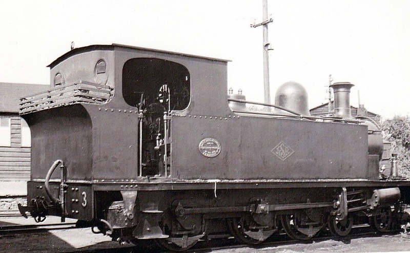 No.3 - 4-6-0T, built 1902 by Andrew Barclay & Co., Works No.935, as Letterkenny & Burtonport Extension Railway No.3 - withdrawn 1954 - seen here at Buncrana, 29/05/51.