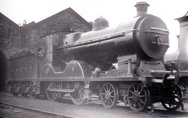 Class A - 129 CELTIC - Cusack MGWR 4-4-0 - built 1902 by Broadstone Works - 1920 rebuilt with superheated Belpaire boiler - 1925 to GSR as Class D5 No.546 - 1945 to CIE - 1959 withdrawn - seen here after rebuild.