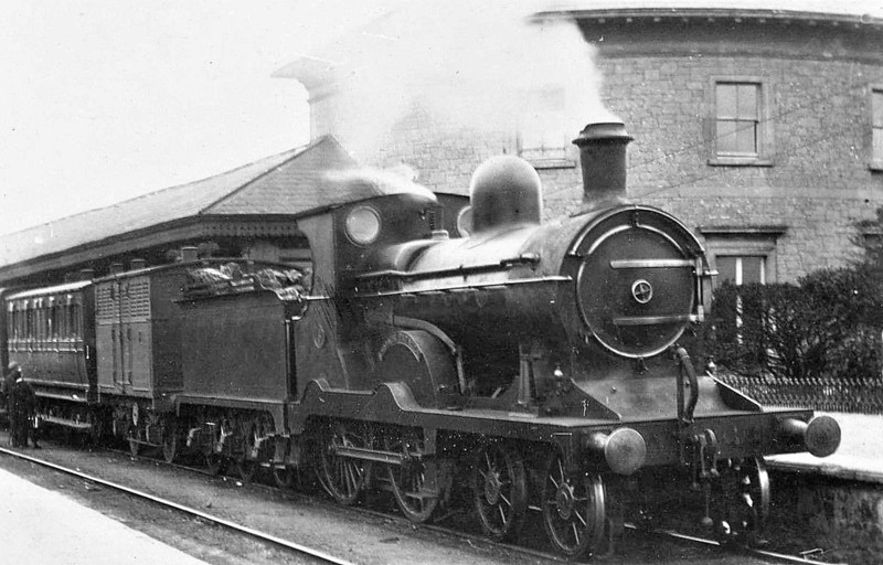 Class C - 5 CROAGH PATRICK - Cusack MGWR Class C 4-4-0 - built 1910 by Broadstone Works - 1924 rebuilt with superheated Belpaire boiler and to MGWR No.26 - 1925 to GSR as No.539, 1935 rebuilt, 1939 rebuilt with bigger boiler, 1945 to CIE - 1952 withdrawn.