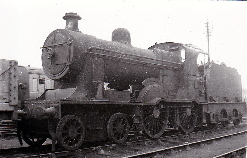 Class A - 34 QUEEN ALEXANDRA - B&NCR Class A 4-4-0 Compound - built 1901 by York Road Works - 1903 to MRNCC, 1923 to LMSNCC - 1928 rebuilt as Class A1 Simple - 1932 renamed KNOCKLAYD - 1934  name removed - 1950 withdrawn.
