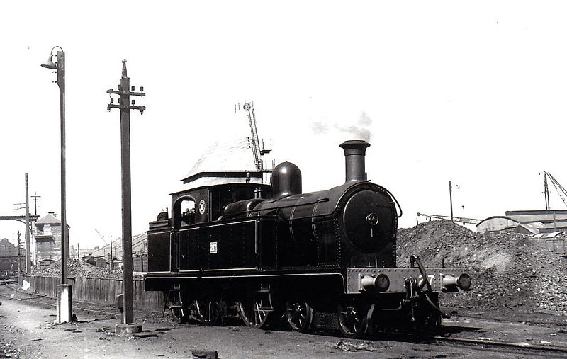 217 - 4-4-2T, built 1909 by Beyer Peacock as Belfast & County Dowbn Railway No.17 - 1948 to UTA as No.217 - 1953 to store - 1956 withdrawn - seen here at Belfast Queens Quay in 1950.