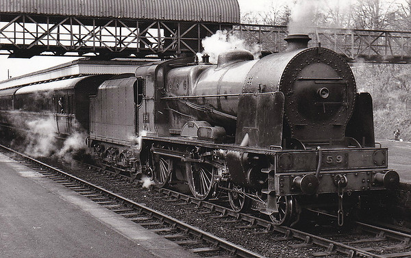59 ERNE - GNR(I) Class VS 4-4-0 - built 1948 by Beyer Peacock & Co. AS GNR(I) No.210 ERNE - 1958 to UTA as No.59 - 1963 withdrawn - seen here at Lisburn on October 1961.