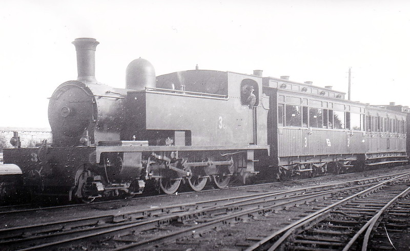 No.3c ENNISTYMON - 4-6-0T, built 1922 by Hunslet Engine Co., Works No.1432, as WCR No.3 - 1925 to GSR as No.3c, 1945 to CIE - withdrawn 1953.