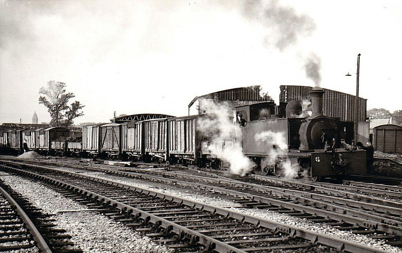 No.6T - 2-6-0T built 1898 by Hunslet Engine Co., Works No.677, for Tralee & Dingle Railway - 1925 to GSR, 1945 to CIE - withdrawn 1960 - seen here leaving Ennis in 1954.