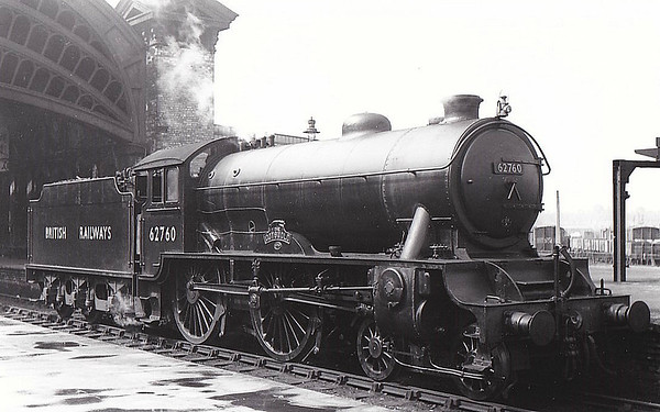 62760 THE COTSWOLD - Gresley LNER Class D49 4-4-0 - built 09/34 by Darlington Works as LNER No.279 - 11/46 to LNER No.2760, 06/49 to BR No.62760 - 10/59 withdrawn from 53A Hull Dairycoates - seen here at York 06/50.