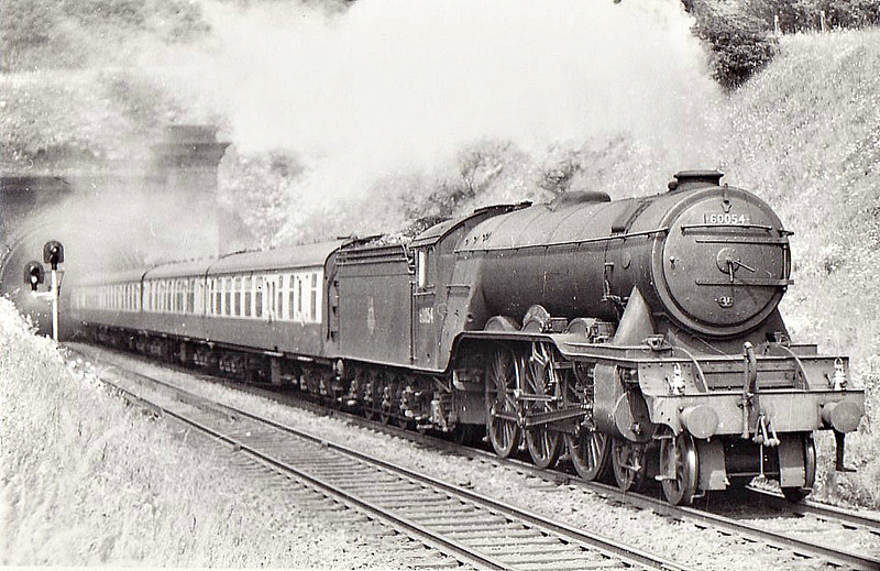 60054 PRINCE OF WALES - Gresley LNER Class A3 4-6-2 - built 12/24 by Doncaster Works as LNER No.2553 - 09/46 to LNER No.54, 04/48 to BR No.60054 - 06/64 withdrawn from 34E New England.