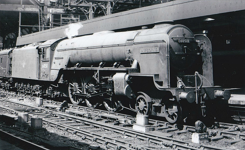 60511 AIRBORNE - Thompson LNER/BR Class A2 4-6-2 - built 07/46 by Doncaster Works as LNER No.511 - 04/48 to BR No.60511 - 11/62 withdrawn from 52D Tweedmouth.