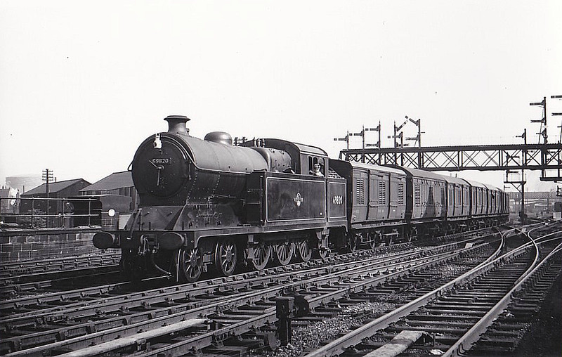 69820 - Robinson GCR Class A5 4-6-2T - built 01/23 by Gorton Works as GCR No.3 - 10/24 to LNER No.5003, 07/46 to LNER No.9820, 09/48 to BR No.69820 - 11/60 withdrawn from 40B Immingham - seen here at Derby North, 06/58.