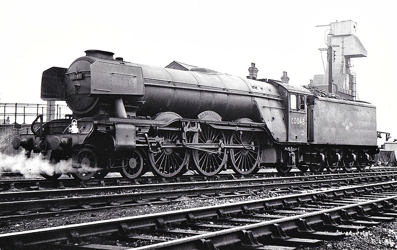 60048 DONCASTER - Gresley LNER Class A3 4-6-2 - built 08/24 by Doncaster Works as LNER No.2547 - 05/46 to LNER No.48, 11/48 to BR No.60048 - 09/63 withdrawn from 34F Grantham, where seen 07/62.