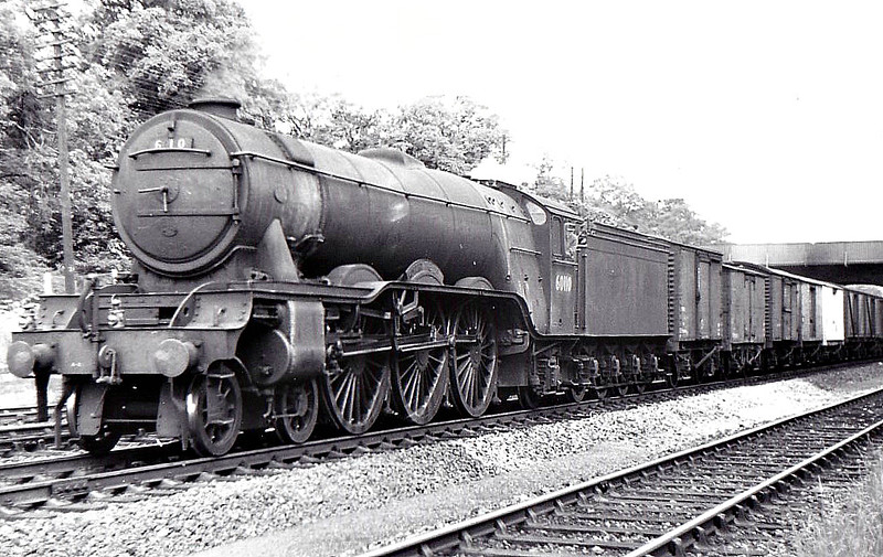 60110 ROBERT THE DEVIL -  Gresley LNER Class A3 4-6-2 - built 07/23 by Doncaster Works as GNR No.1479 - 04/25 to LNER No.4479, 08/46 to LNER No.110, 03/49 to BR No.60110 - 53/63 withdrawn from 34A Kings Cross - seen here at Greenwood, 06/51.