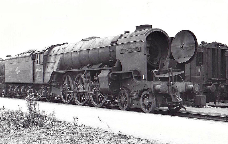 60514 CHAMOSSAIRE - Thompson LNER/BR Class A2 4-6-2 - built 09/46 by Doncaster Works as LNER No.514 - 03/48 to BR No.60514 - 12/62 withdrawn from 34E New England - seen here at Doncaster Works, 10/62.