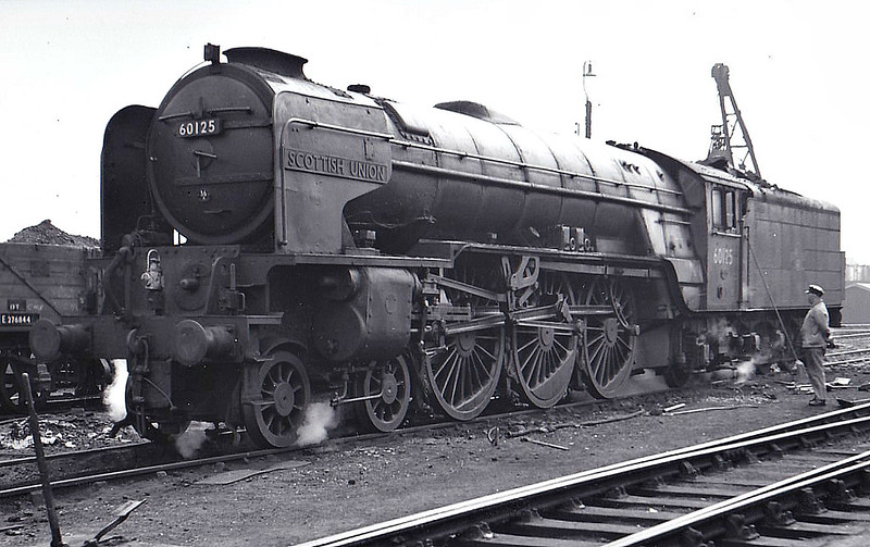 60125 SCOTTISH UNION -  Peppercorn Class A1 4-6-2 - built 04/49 by Doncaster Works - 07/64 withdrawn from 36A Doncaster - seen here at New England, 05/64.