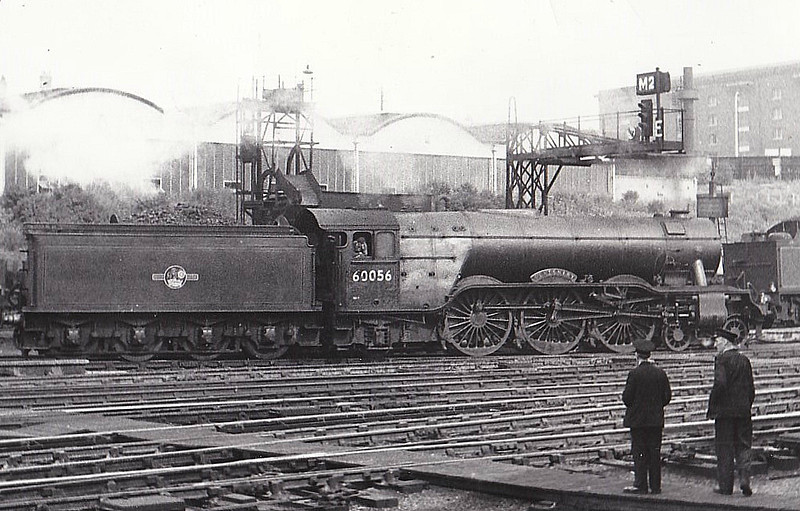 60056 CENTENARY - Gresley LNER Class A3 4-6-2 - built 02/25 by Doncaster Works as LNER No.2555 - 07/46 to LNER No.56, 05/49 to BR No.60056 - 05/63 withdrawn from 35B Grantham - seen here at Kings Cross, 07/58.