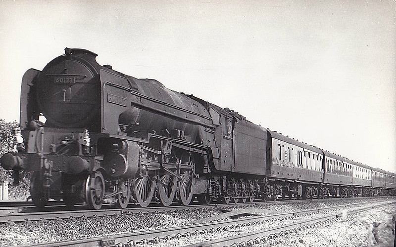 60123 H.A. IVATT - Peppercorn Class A1 4-6-2 - built 02/49 by Doncaster Works - 10/62 withdrawn from 56B Ardsley- seen here at Knebworth, 06/61.