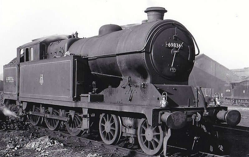 69836 - Robinson GCR Class A5 4-6-2T - built 12/25 by Hawthorn Leslie & Co. as LNER No.1766 - 08/46 to LNER No.9836, 05/48 to BR No.69836 - 08/58 withdrawn from 53B Hull Botanic Gardens, where seen 05/53.