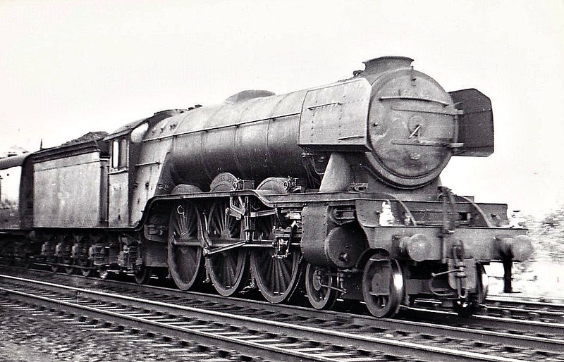 60049 GALTEE MORE - Gresley LNER Class A3 4-6-2 - built 09/24 by Doncaster Works as LNER No.2548 - 07/46 to LNER No.49, 06/48 to BR No.60049 - 12/62 withdrawn from 35B Grantham