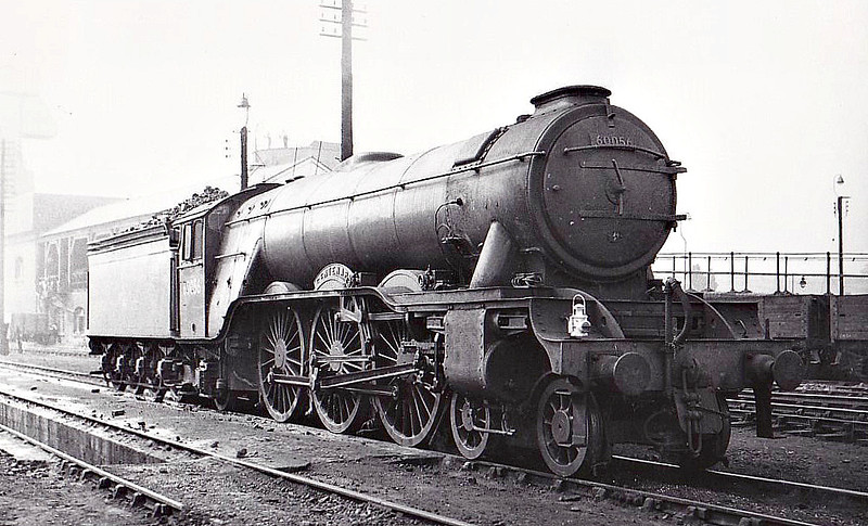 60056 CENTENARY - Gresley LNER Class A3 4-6-2 - built 02/25 by Doncaster Works as LNER No.2555 - 07/46 to LNER No.56, 05/49 to BR No.60056 - 05/63 withdrawn from 35B Grantham.