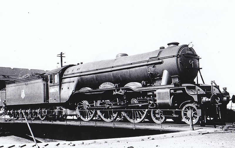60079 BAYARDO - Gresley LNER Class A3 4-6-2 - built 10/24 by Doncaster Works as LNER No.2578 - 11/46 to LNER No.79, 03/48 to BR No.60079 - 09/61 withdrawn from 12B Carlisle Canal - seen here at Haymarket, 11/50.