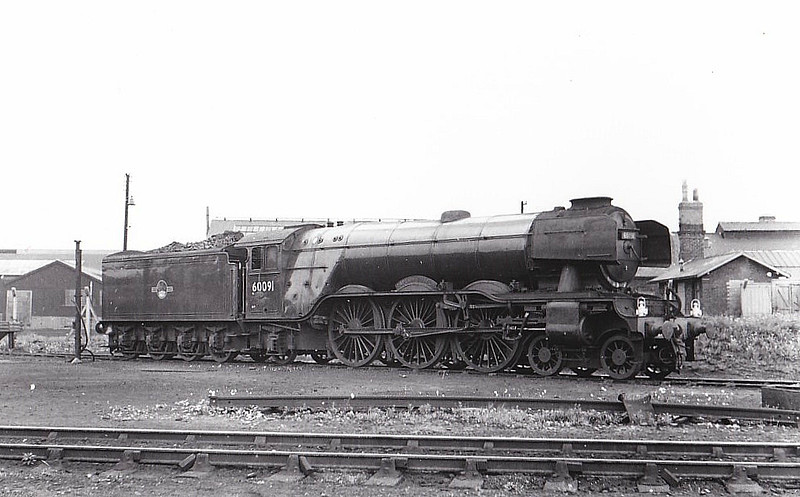 60091 CAPTAIN CUTTLE - Gresley LNER Class A3 4-6-2 - built 09/28 by Doncaster Works as LNER No.2745 - 10/46 to LNER No.91, 04/48 to BR No.60091 - 10/64 withdrawn from 52A Gateshead - seen here at Darlington, 04/62.