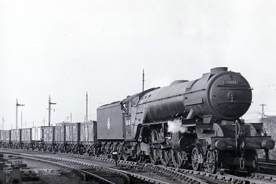 60501 COCK O'THE NORTH -  Thompson LNER Class A2/2 rebuild of Gresley Class P2 2-8-2 - built 05/34 by Doncaster Works as LNER No.2001 - 06/44 rebuilt to Class A2/2, 08/46 to LNER No.501, 05/48 to BR No.60501 - 02/60 withdrawn from 50A York - seen here on a goods train, perhaps running in after a Works visit.