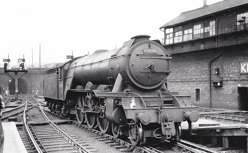 60048 DONCASTER - Gresley LNER Class A3 4-6-2 - built 08/24 by Doncaster Works as LNER No.2547 - 05/46 to LNER No.48, 11/48 to BR No.60048 - 09/63 withdrawn from 34F Grantham - seen here at Kings Cross.