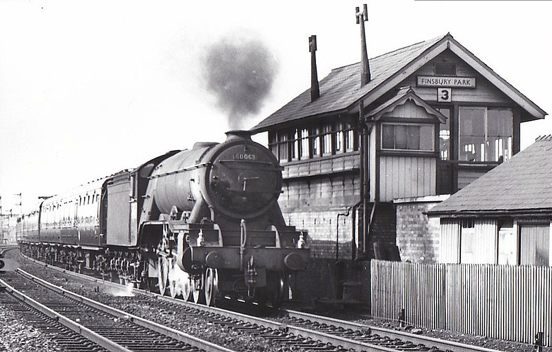 60063 ISINGLASS -  Gresley LNER Class A3 4-6-2 - built 06/25 by Doncaster Works as LNER No.2562 - 07/46 to LNER No.63, 01/49 to BR No.60063 - 06/64 withdrawn from 34E New England - seen here passing Finsbury Park Signalbox No.3.