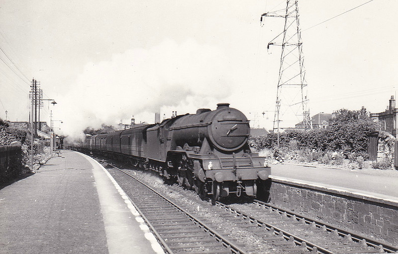 60038 FIRDAUSSI -  Gresley LNER Class A3 4-6-2 - built 08/34 by Doncaster Works as LNER No.2503 - 10/46 to LNER No.38, 06/48 to BR No.60038 - 11/63 withdrawn from 55H Leeds Neville Hill - seen here at Joppa in July 1955.