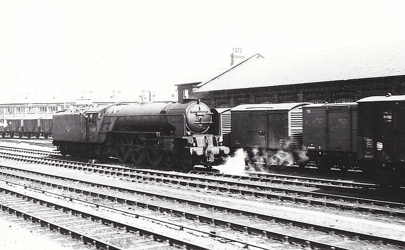 60149 AMADIS - Peppercorn BR Class A1 4-6-2 - built 05/49 .by Darlington Works - 06/64 withdrawn from 36A Doncaster.