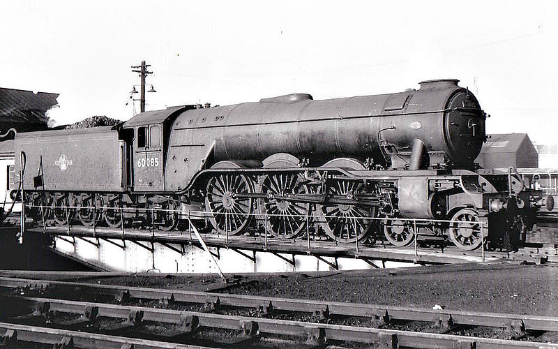 60085 MANNA - Gresley LNER Class A3 4-6-2 - built 02/30 by Doncaster Works as LNER No.2596 - 10/46 to LNER No.85, 07/48 to BR No.60085 - 10/64 withdrawn from 52A Gateshead.
