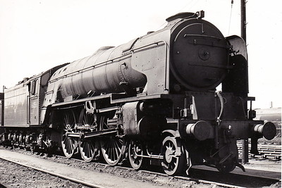 60156 GREAT CENTRAL - Peppercorn BR Class A1 4-6-2 - built 10/49 by Doncaster Works - 05/65 withdrawn from 50A York - seen here at York, withdrawn, in June 1965.