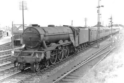 60084 TRIGO - Gresley LNER Class A3 4-6-2 - built 02/30 by Doncaster Works as LNER No.2595 - 10/46 to LNER No.84, 05/48 to BR No.60084 - 11/64 withdrawn from 52A Gateshead - seen here at Reston in July 1949.
