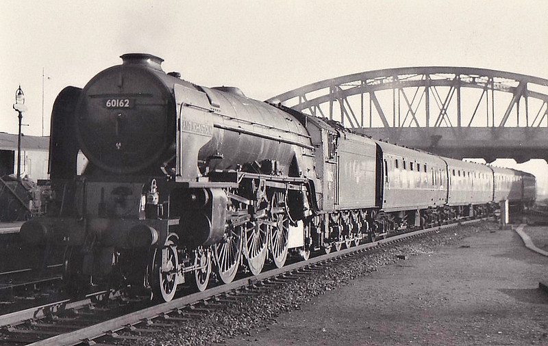 60162 SAINT JOHNSTOUN - Peppercorn Class A1 4-6-2 - built 12/49 by Doncaster Works - 10/63 withdrawn from 64A St Margarets - seen here at Peterborough North, 11/61.