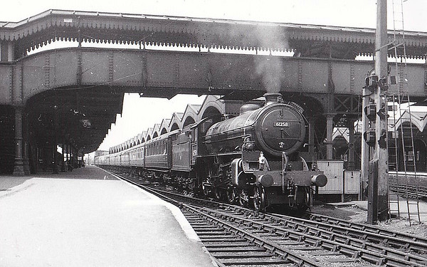 61258 - Thompson LNER/BR Class B1 4-6-0 - built 11/47 by North British Loco Co. as LNER No.1258 - 02/49 to BR No.61258 - 01/64 withdrawn from 40A Lincoln - seen here at March, 06/60.