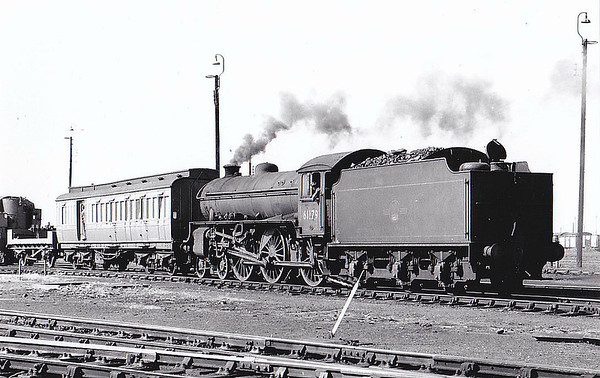 61179 - Thompson LNER/BR Class B1 4-6-0 - built 06/47 by Vulcan Foundry as LNER No.1179 - 03/49 to BR No.61179 - 01/65 withdrawn from 40B Immingham.