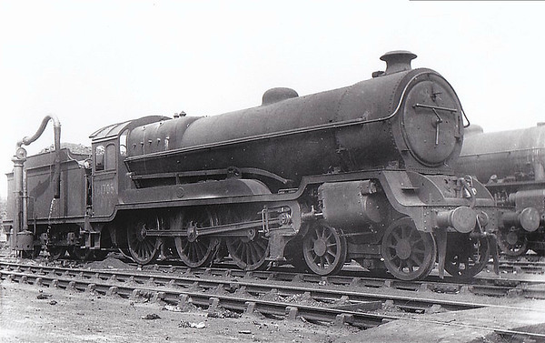 61705 - Robinson GCR Class 9Q LNER Class B7 4-6-0 - built 04/22 by Gorton Works as GCR No.469 - 05/24 to LNER No.5469, 11/46 to LNER No.1377, 05/49 to BR No.61705 - 02/50 withdrawn from 41A Sheffield Darnall.