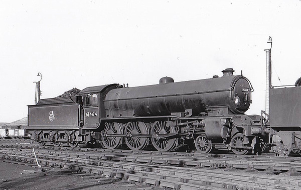 61464 - Raven NER Class S3 LNER Class B16 4-6-0 - built 12/23 by Darlington Works as LNER No.1381 - 01/47 to LNER No.1464, 02/49 to BR No.61464 - 09/63 withdrawn from 56D Mirfield - seen here at Annesley - note B1-style cab.