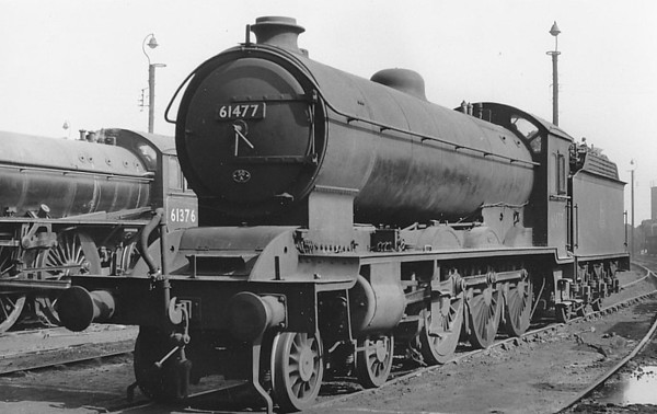 61477 - Raven NER Class S3 LNER Class B16 4-6-0 - built 04/20 by Darlington Works as NER No.848 - 12/46 to LNER No.1408, 12/49 to BR No.61477 - 02/60 withdrawn from 50A York North - seen here at Colwick, 06/56.