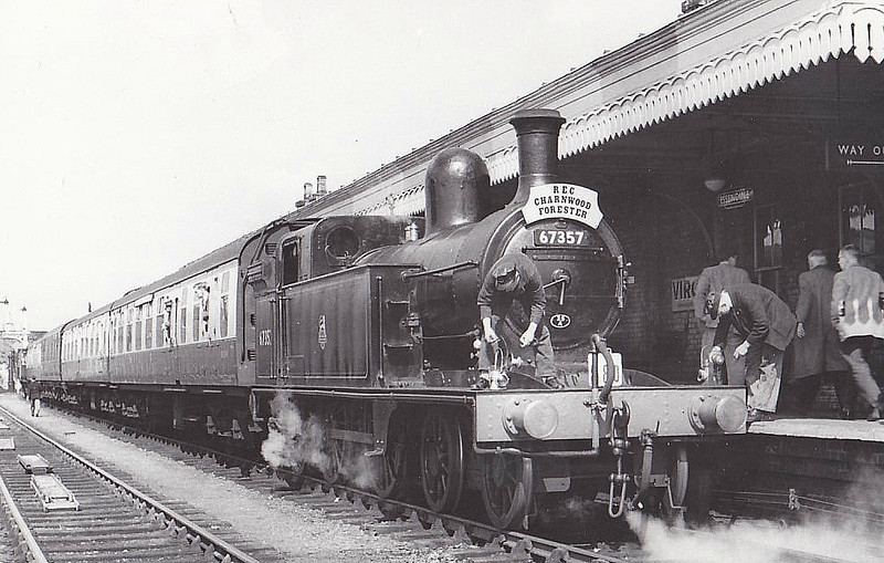 67357 - Ivatt GNR Class C12 4-4-2T - built 10/1898 by Doncaster Works as GNR No.1019 - 04/26 to LNER No.4019, 10/46 to LNER No.7357, 02/51 to BR No.67357 - 05/58 withdrawn from 35A New England - seen here on the REC 'Charnwood Forester' rail tour, 14/04/57.