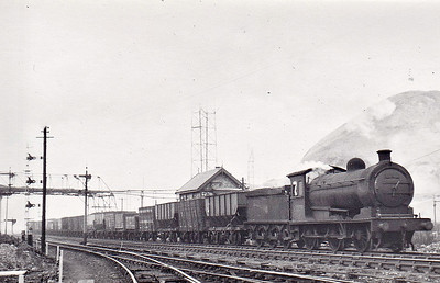 65879 - Worsdell NER Class P3 LNER Class J27 0-6-0 - built 06/22 by Darlington Works as NER No.2357 - 08/46 to LNER No.5879, 02/49 to BR No.65879 - 09/67 withdrawn from 52G Sunderland - seen here at Ashington, 04/52.