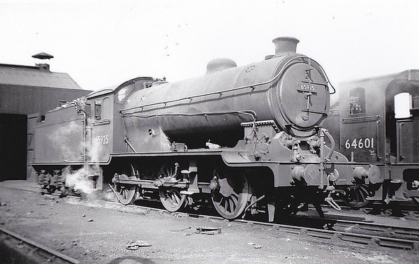 65925 - Gresley LNER Class J38 0-6-0 - built 04/26 by Darlington Works as LNER No.1434 - 09/46 to LNER No.5925, 08/49 to BR No.65925 - 11/66 withdrawn from 62A Thornton Junction.