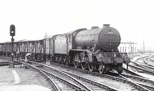 61946 - Gresley GNR/LNER Class K3 2-6-0 - built 09/35 by North British Loco Co. as LNER No. 2442 - 03/46 to LNER No.1946, 09/48 to BR No.61946 - 06/62 withdrawn from 31B March - seen here at York.