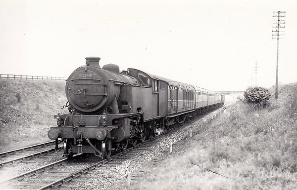 67754 - Thompson LNER/BR Class L1 2-6-4T - built 12/48 by North British Loco Co. - 11/62 withdrawn from 56F Low Moor - seen here at Grantham.