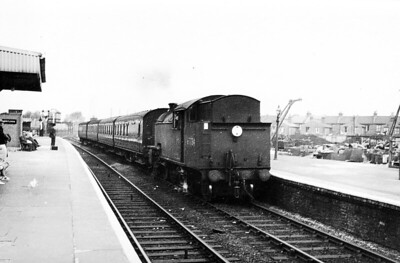 67734 - Thompson LNER/BR Class L1 2-6-4T - built 11/48 by North British Loco Co., Works No.26573 - 09/62 withdrawn from 30A Stratford.