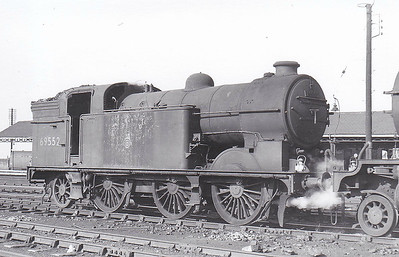 69552 - Gresley LNER Class N2 0-6-2T - built 03/25 by Beyer Peacock Ltd. as LNER No.2585 - 08/46 to LNER No.9522, 05/49 to BR No.69552 - 05/60 withdrawn from 34F Grantham, where seen 08/59.