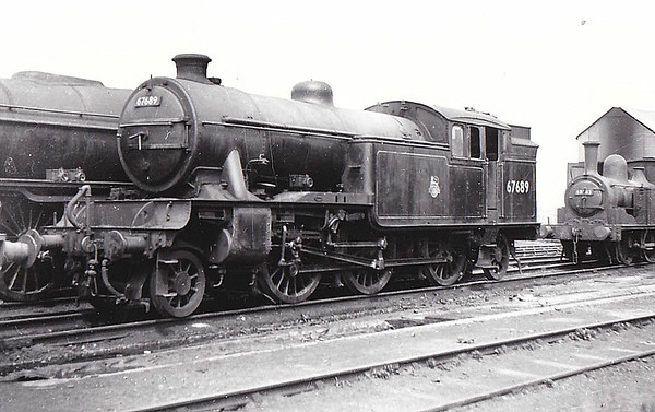 67689 - Gresley LNER Class V3 2-6-2T - built 02/40 by Doncaster Works as LNER No.398 - 05/46 to LNER No.7689, 03/49 to BR No.67689 - 12/62 withdrawn from 64B Haymarket.