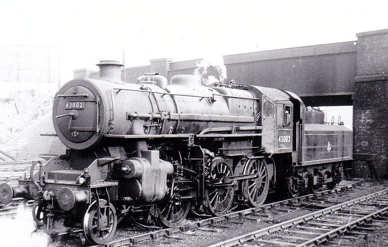 43002 - Ivatt LMS Class 4MT 2-6-0 - built 12/47 by Horwich Works as LMS No.3002 - 06/50 to BR No.43002 - 12/67 withdrawn from 12D Workington - seen here at Nuneaton, which was it's home depot from October 1963 to March 1966.
